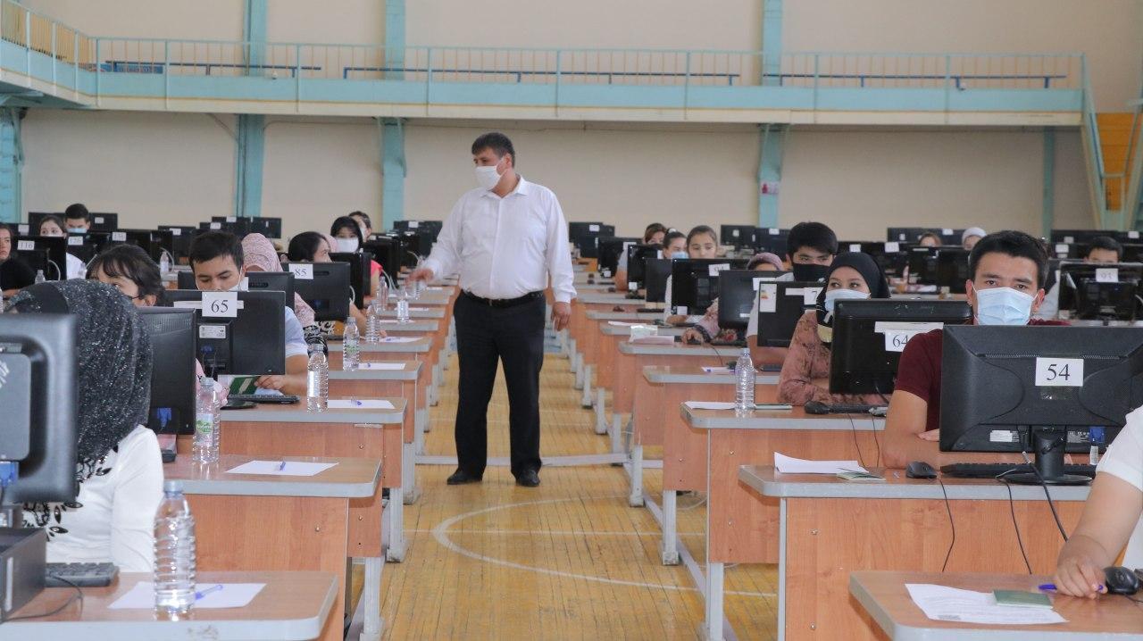 Проведены тесты для граждан, переводящихся из зарубежных и негосударственных высших учебных заведений.