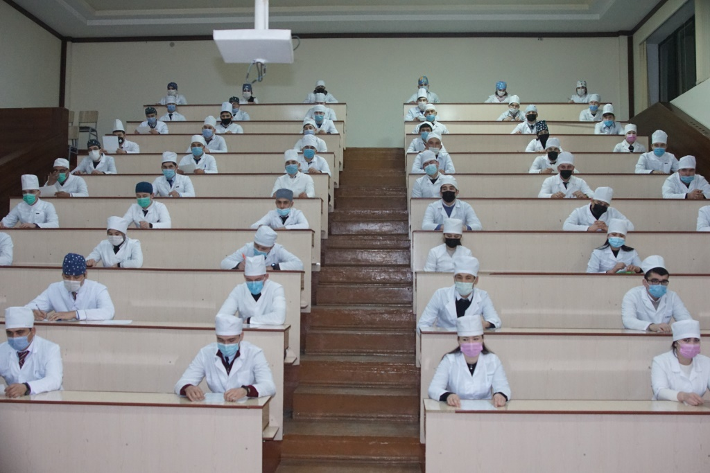 """Final state examination on the subject  """"Foreign language in medicine"""" is underway"""