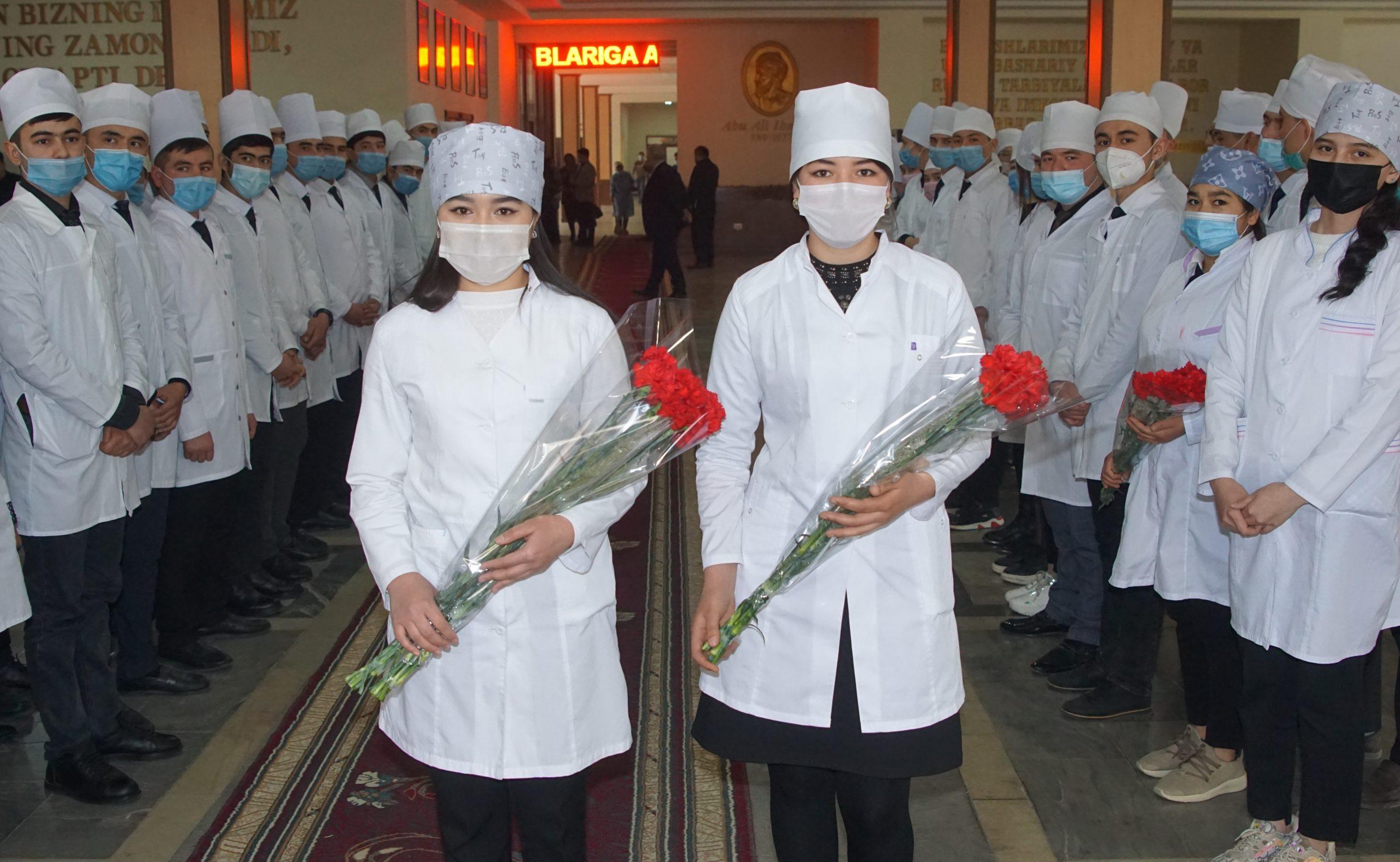 """""""Студент года"""" и """"Молодые академики"""" были достойно встречены"""
